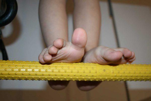 szczebel drabinki gimnastycznej masujący