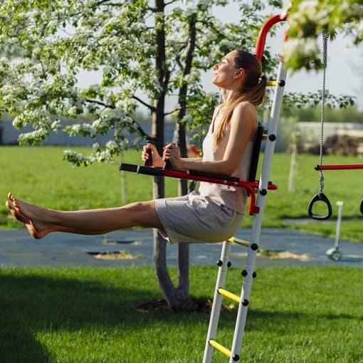 metalowy_ogrodowy_plac_zabaw_fitness_porecze_cwiczenia