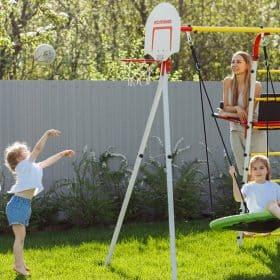 ogrodowy_plac_zabaw_fitness_dzieci_kosz