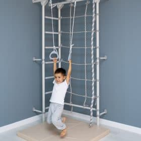 metalowa drabinka gimnastyczna dla dzieci