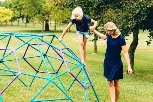 kopuła wspinaczkowa do ogrodu dla dzieci