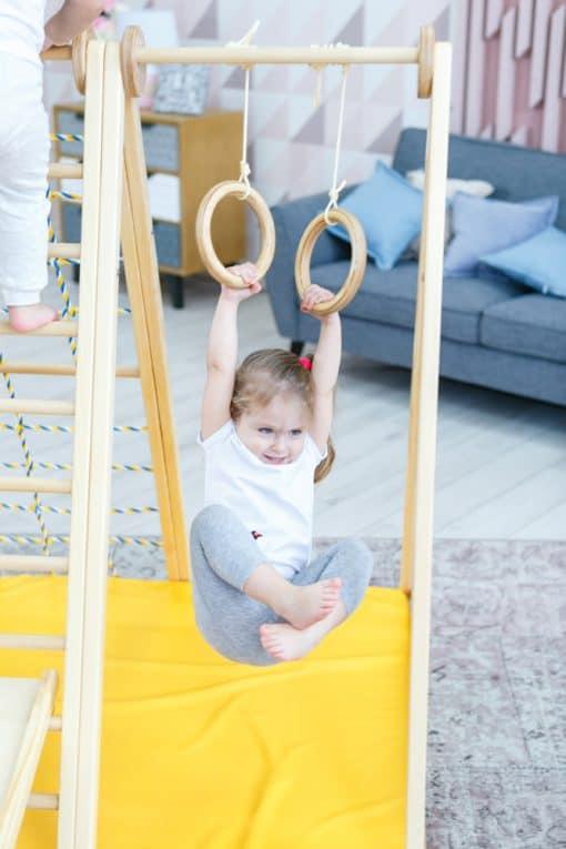 dzieciece_kolka_gimnastyczne_drewno_dla_piramidy