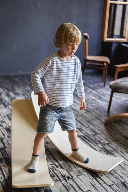 deska_do_balansowania_dla_dziecka_drewno