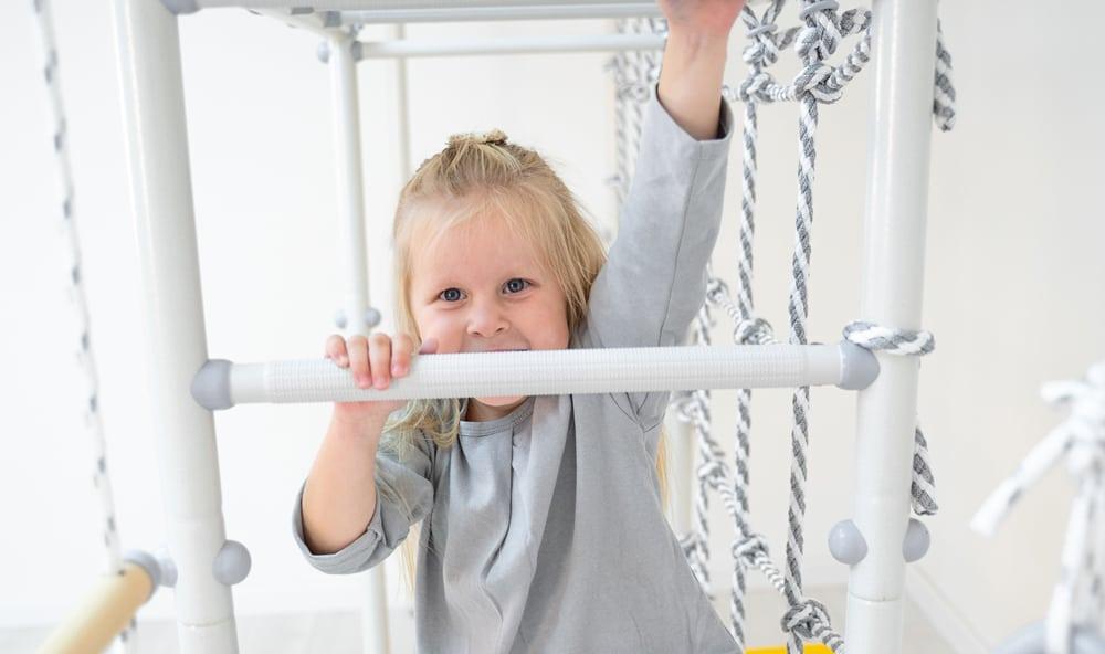 cwiczenia_na_drabinkah_gimnastycznych_dla_dzieci