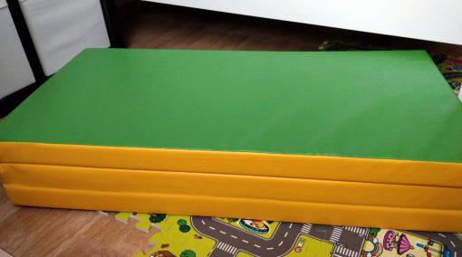 materac_gimnastyczny_kometa_150_100_10_dla_dziecka_zielony