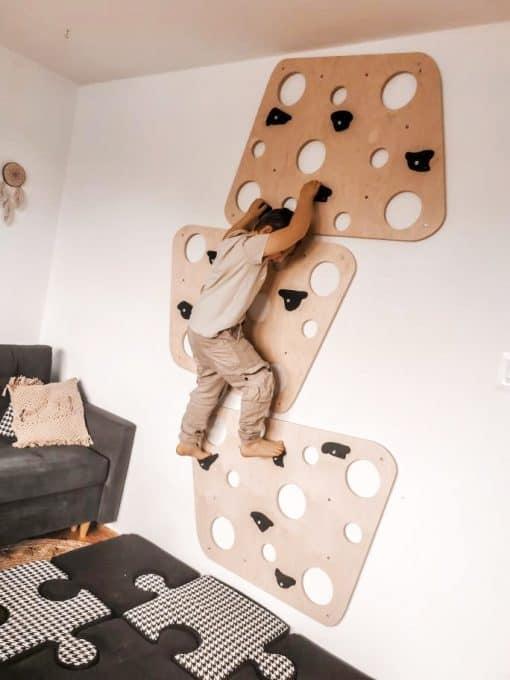 ścianka wspinaczkowa cheesy w pokoju