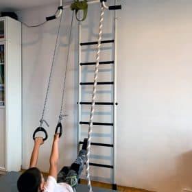 ćwiczenia na drabine gimnastycznej