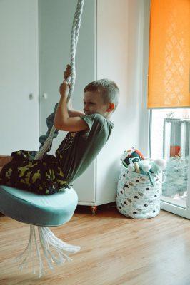 okragla_hustawka_tapicerowana_welurowa_dla_dzieci